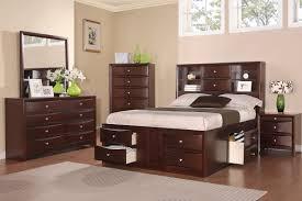 4PC Queen Bed Set F9234