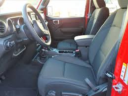 New 2019 Jeep Wrangler 4-Door Unlimited Sport SUV/Sedan Near ...