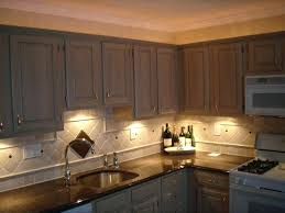 how to install lights kitchen cabinets hitmonster