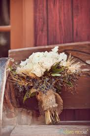 Wedding Bouquets Country Style Danielle Brian Legends Ranch Layers Of Lovely