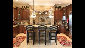Kitchen Soffit Decorating Ideas by Best Decorating Ideas Above Kitchen Cabinets Youtube