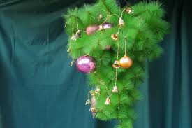 How To Hang A Christmas Tree Upside Down 8 Steps With Pictures
