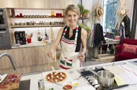 cuisine de julie andrieu julie andrieu arrive sur la rtbf infos télévision télépro