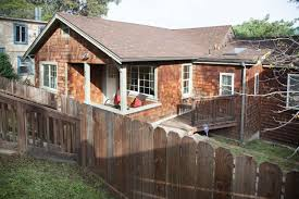 100 The Redding House 4752 St Oakland CA 94619 2 Beds2 Baths