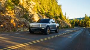 2020 Rivian R1T Is An Electric-Powered Super Truck With Range ...