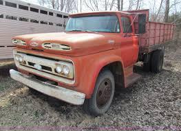 100 61 Chevy Truck 19 Chevrolet Viking Grain Truck Item AN9913 SOLD Apri