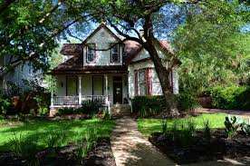 Brava House Bed And Breakfast Prices & B&B Reviews Austin TX