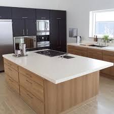 plan ilot cuisine aperçu d une cuisine avec un plan de travail ilot idées pour la
