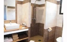 idee salle de bain 4m2 on decoration d interieur moderne exemple