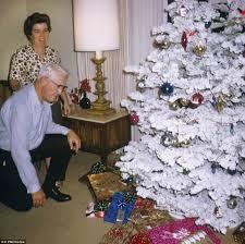 Flocked Christmas Trees Baton Rouge by Fake Snow For Christmas Trees Christmas Lights Decoration