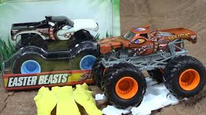 Monster Jam Brutus And Spike (Easter Version 2010) - Truck Jam