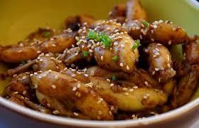 cuisiner des cuisses de grenouilles cuisses de grenouilles à l aigre douce recette dukan pp par spicy