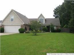 House To Home Decor Southaven Ms by 4992 Glenalden Cv Southaven Ms 38672 Realtor Com