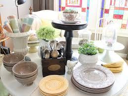 Decorating Tables For Spring Brunch