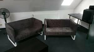 zwei kleine sofas