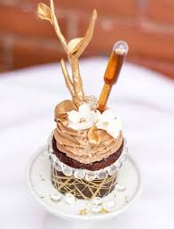 The Worlds Most Expensive Cupcake Costs 900 SMDH