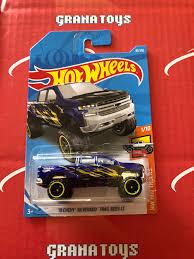 100 Hot Trucks 19 Chevy Silverado Trail Boss LT 83 2019 Wheels Case