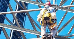 how to become a tower climber schedule pay benefits
