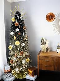 Black Christmas Tree Decoration Ideas 17 764x1024
