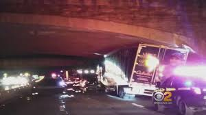 Truck Belonging To Luke Bryan Get Stuck Under Overpass - YouTube