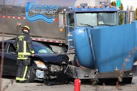100 How Wide Is A Semi Truck VIDEO Officer Taken To Hospital After Unmarked Cop Car Collides
