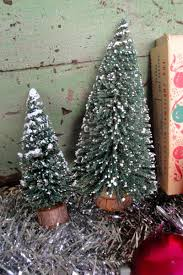Cracker Barrel White Ceramic Christmas Tree by Vintage Junk In My Trunk Yard Sale Finds
