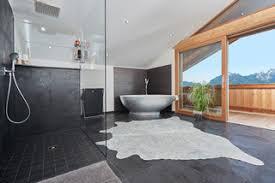 75 badezimmer mit schwarzen fliesen ideen bilder april