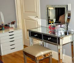 Mirrored Dresser Home Furniture es with Varnished Wooden Floor
