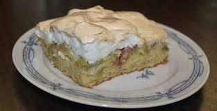 rezept rhabarberkuchen mit baiser vom blech genial lecker