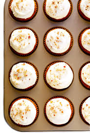 Easy Carrot Cake Cupcakes With Cream Cheese Frosting