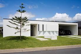 100 Beach House Architecture Owen Cabarita