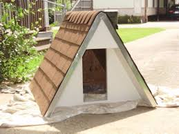 13 free dog house plans anyone can build