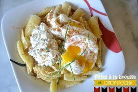 recette italienne de pâtes à la brousse et œuf poché