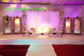 MIRROR THEME WEDDING RECEPTION STAGE