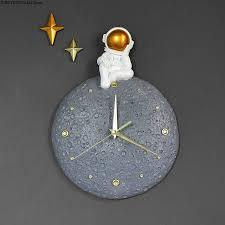 moderne licht luxus astronaut wanduhr persönlichkeit esszimmer wand dekoration uhr kreative wohnzimmer home fashion uhr