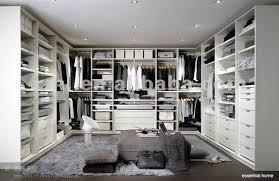 u shaped closet design