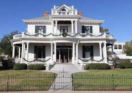 100 The Redding House Biloxis Historic Is For Sale For 15 Million