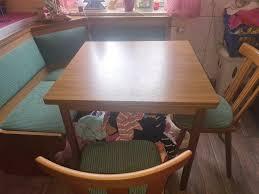 essecke ausziehbar mit 2 stühle zu verschenken in bayern