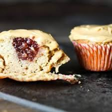 Peanut Butter And Jelly Cupcakes In Case You Were Wondering What To Put That Cream Frosting On Comfybelly Scd Scddiet Cleanfood