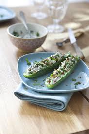 comment cuisiner un concombre mini concombre farcis au chèvre frais et coriandre recette