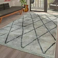 wohnzimmer teppich skandinavisch fransen muster karo rauten