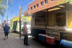 100 Philly Food Trucks LI Delays Crackdown On Temple University Food Trucks