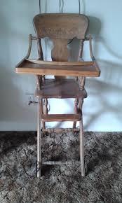 *PLEASE READ DESCRIPTION* Antique Baby High Chair $50.00 O.B.O