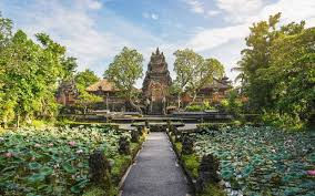 100 Bali Garden Ideas How To Decorate Your Home Like Travel Leisure