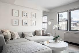 kleines wohnzimmer großes sofa elegante einrichtung ideen