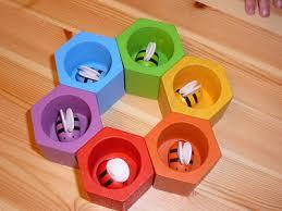sara u0027s toy box buzz buzz plan toys bee hive