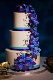 Blue and Purple Wedding Cake by Hands on Sweets Blue and Purple Florida Aquarium Wedding Tampa Wedding Venue Limelight graphy Orange