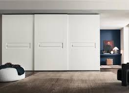 armoire chambre coucher armoire blanche dans la chambre à coucher 25 designs