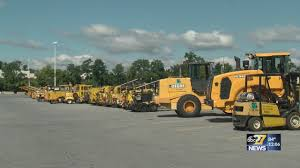 Pennsylvania To Auction Heavy Equipment, Used Vehicles At Farm Show ... Heavy Duty Truck Auctions Youtube Sell Your Semi Trucks Trailers Repocastcom Inc Buy And Sell Trucks Cstruction Equipment Vans At Auction Sullivan Auctioneersupcoming Events Large Cstruction Equipment Past Beazley Auctioneers 1fuja6cv77lz35528 2007 White Freightliner Cvention On Sale In In In Texas 1994 Freightliner Fld120 Item Tractor For Auction Joey Martin