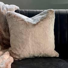 club faux fur pillow cover 50x50